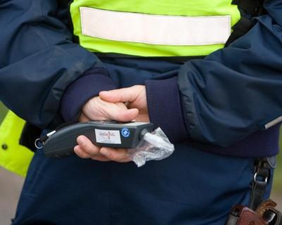 Более 40 водителей в Пасху сели нетрезвыми за руль